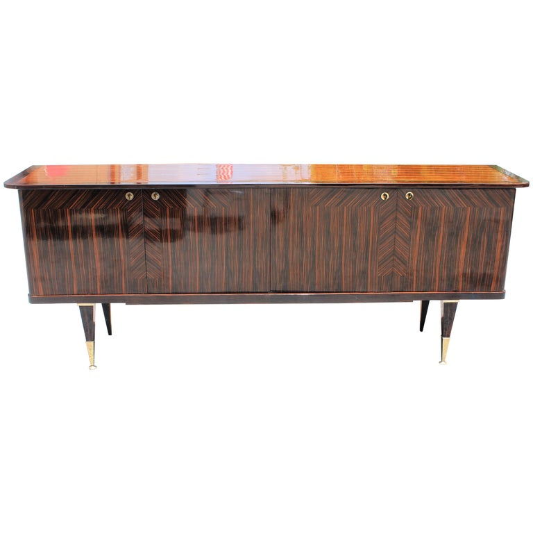 Long French Art Deco Macassar Ebony Sideboard or Buffet, circa 1940s For Sale