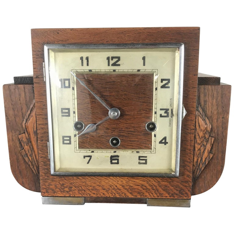 French Art Deco Mantle Clock, 1930s
