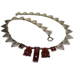 1930s Art Deco Ladies Bakelite and White Metal Necklace