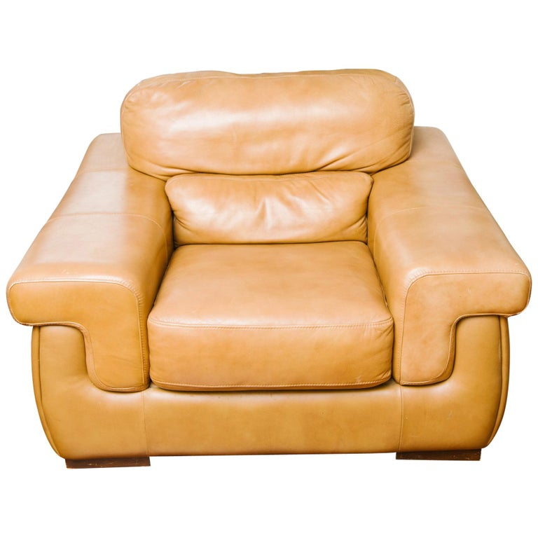 1980s Oversized Leather Lounge Chair