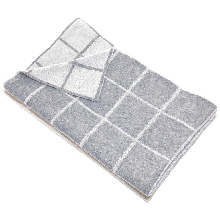 Gianfranco Ferré Buster Throw in Grey Cashmere