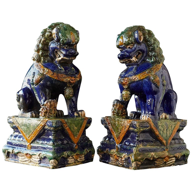Late 19th Century Set of Two Large Chinese Sancai Glaze Foo Dogs For Sale
