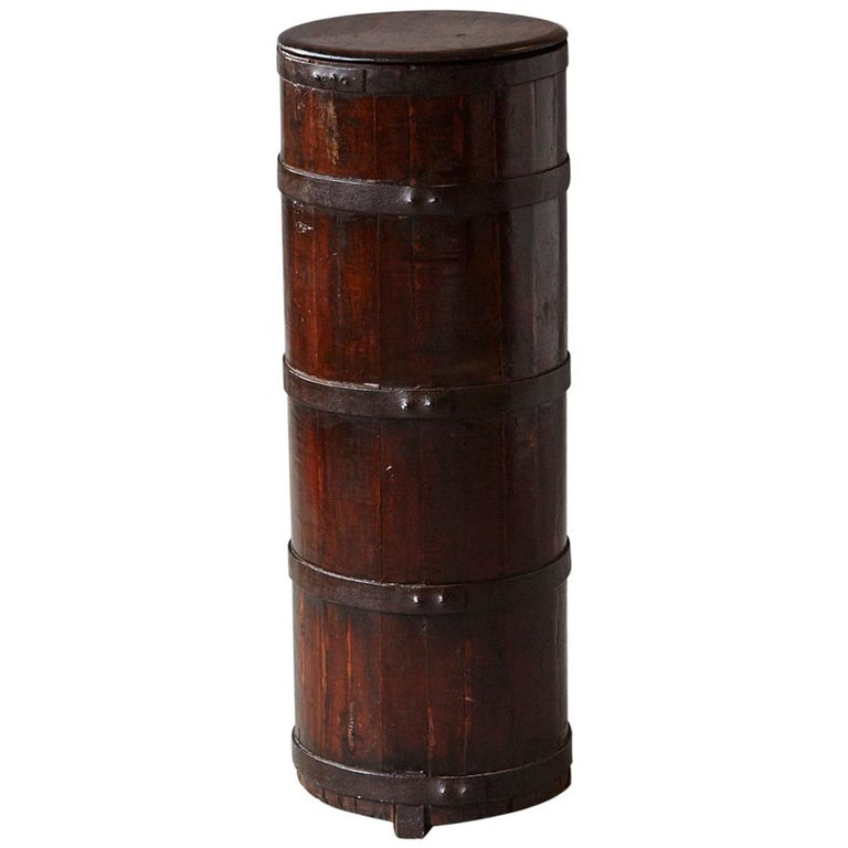 Late 19th Century Tall Chinese Fir Barrel from Zhejiang, circa 1870s For Sale