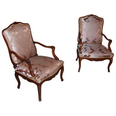 Pair of Walnut Hand-Carved Italian Open Armchairs, circa 1800