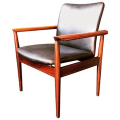 Finn Juhl armchair, Rosewood and Leather Diplomat