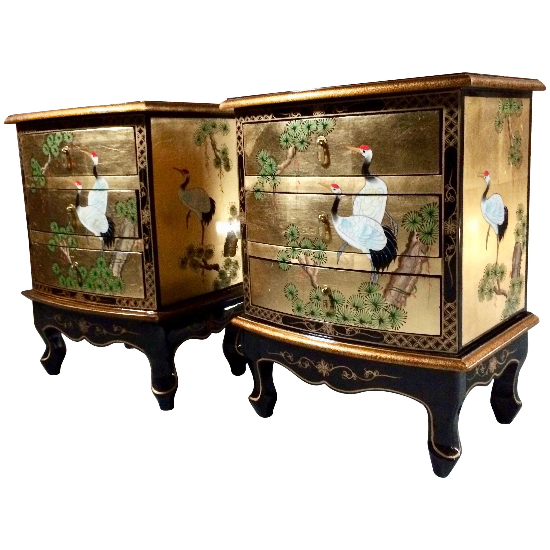 Magnificent Gilded Japanese Bedside Cabinets Nightstands And Trunk  Lacquered For Sale