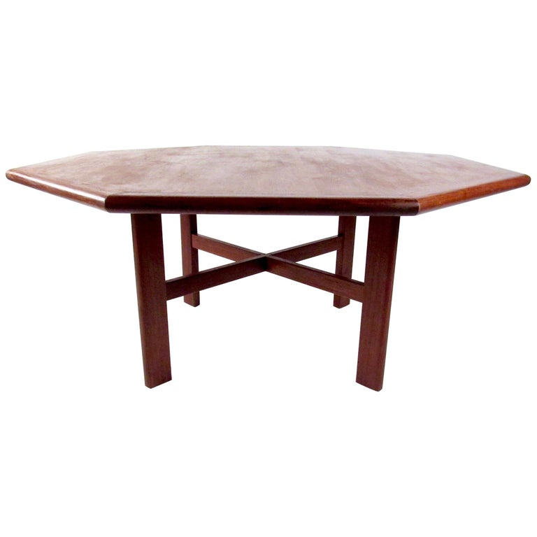 Mid Century Scandinavian Style Extension Teak Dining Table