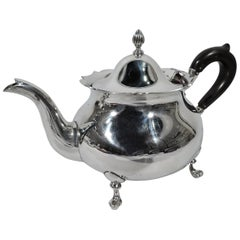 Pretty Lunt Sterling Silver Colonial Revival Teapot in Jack Shepard Pattern