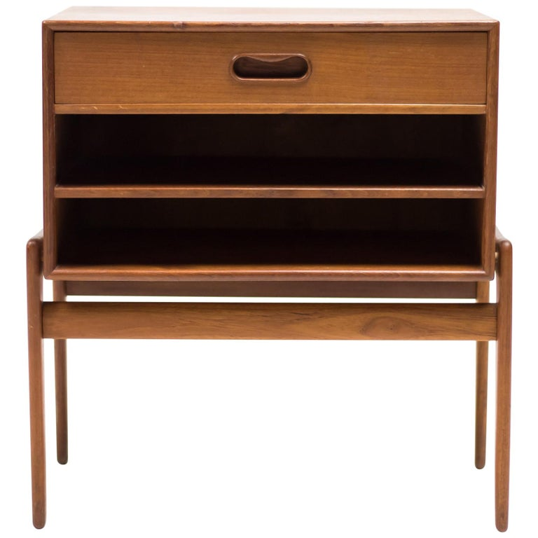 Arne Vodder Nightstand in Teak for Vamo Sonderborg