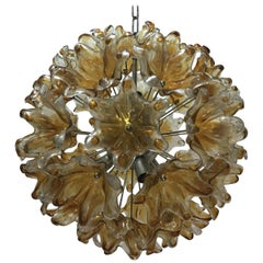 Large Murano Glass Flower Sputnik Chandelier in the Manner of Venini, 1970s