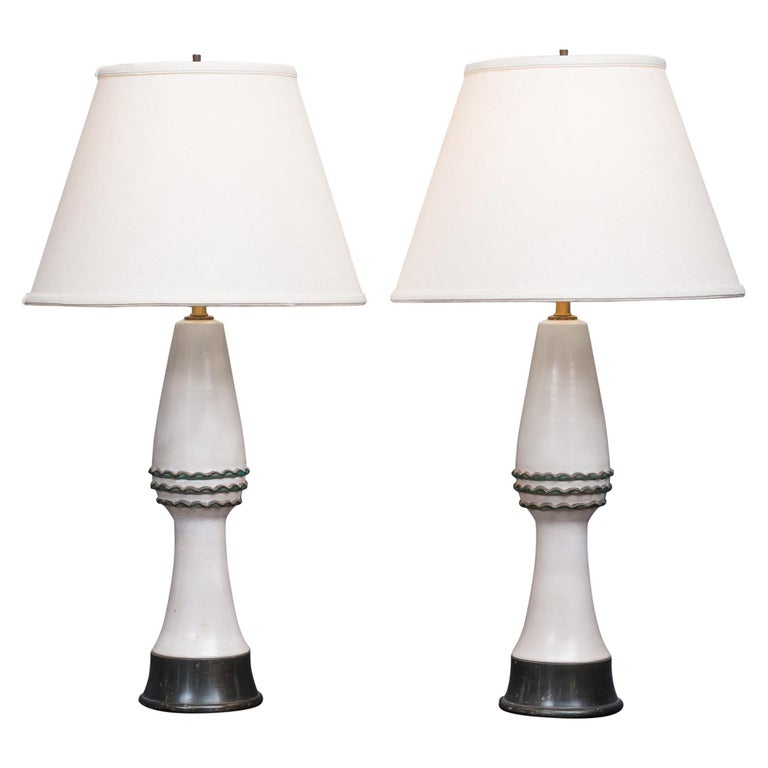 Pair of Midcentury Table Lamps by Wilshire House For Sale