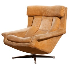 1960s, Velvet Swivel Lounge Chair 'Bamse' by Bra Bohag AB Sweden