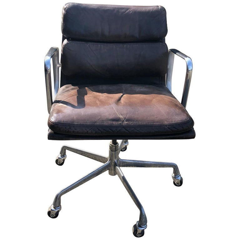 Leather Soft Pad Desk Chair By Charles Eames Mfg Herman Miller