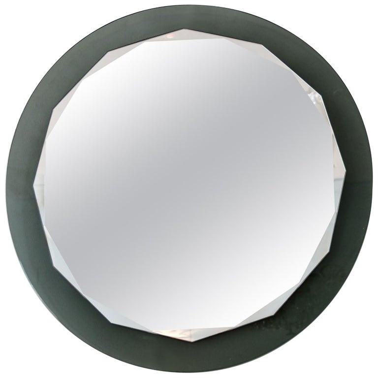 Italian 1960s Round Scalloped Wall Mirror by Cristal Arte