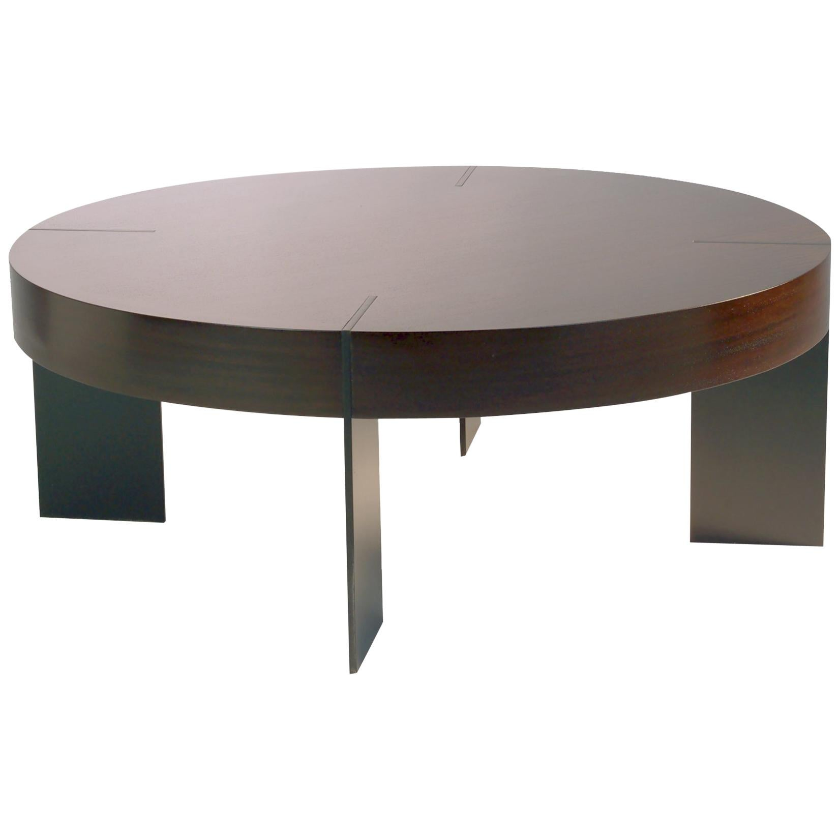 CT 91 Round Coffee Table With Metal Legs By Antoine Proulx For Sale