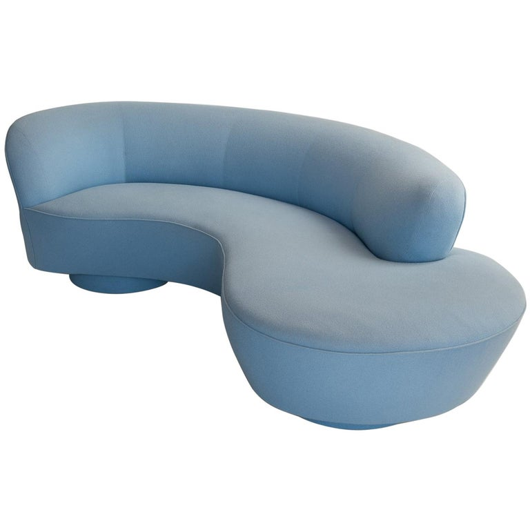 Serpentine Sofa by Vladimir Kagan, circa 1970 For Sale