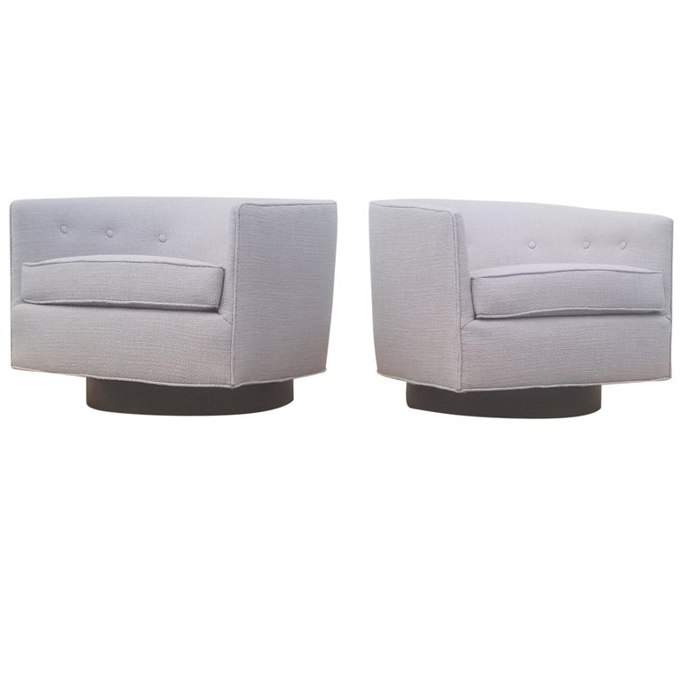 Pair of Milo Baughman Swivel / Tilt Lounge Chairs