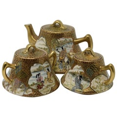 20th Century Kutani Three-Piece Porcelain Tea Service Hand-Painted Gilded