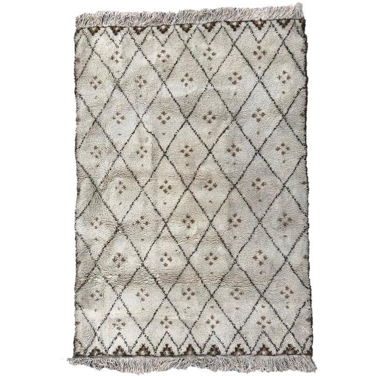 Vintage Moroccan Beni Ouarain Berbere Rug