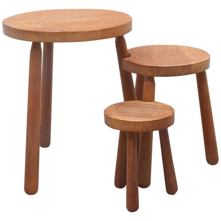 Charlotte Perriand Style Oak Tripod Coffee Nesting Tables, France, 1960s