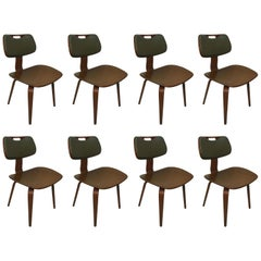 Set of Eight Mid-Century Modern Dining Chairs by Thonet