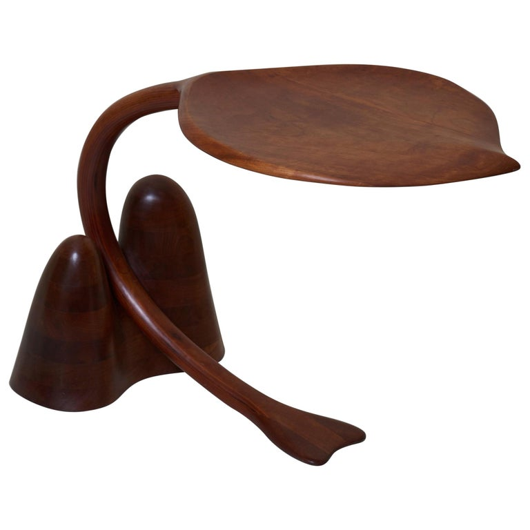 Solid Walnut Studio Side Table in Leaf Shape, USA, 1970s