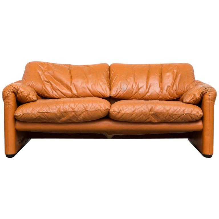 Wondrous Vico Magistretti Maralunga Caramel Leather Love Seat Creativecarmelina Interior Chair Design Creativecarmelinacom