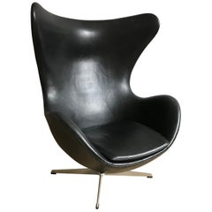 Very Early 1950-1960 Arne Jacobsen 3316 Egg Chair in Black Leather