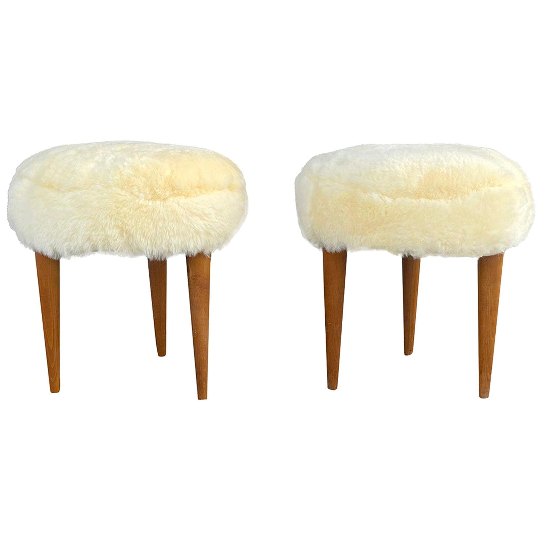 20th Century Italian Yellow Sheepskin Pair of Round Walnut Stools