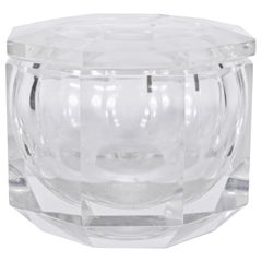 Alessandro Albrizzi Clear Faceted Lucite Ice Bucket, circa 1970