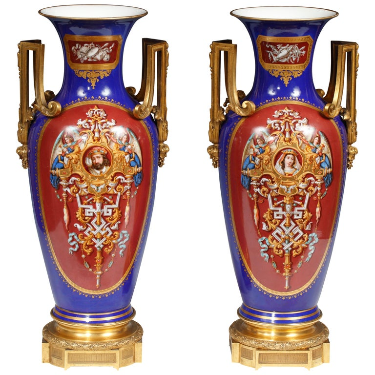 Magnificent Pair Of Royal Vienna Neoclassical Painted Porcelain