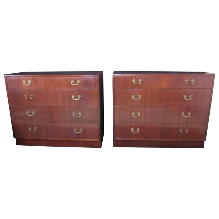 Mahogany Dressers Four-Drawer Matched Pair, 1940s