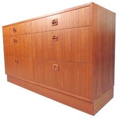 Scandinavian Modern Six-Drawer Dresser