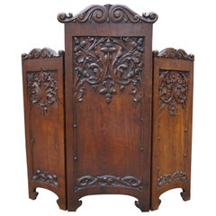 Superb Quality and Condition Hand-Carved Solid Oak Arts & Crafts Fire Screen