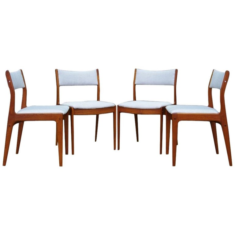 Teak Chairs Scandinavian Design Vintage Classic For Sale at 1stdibs