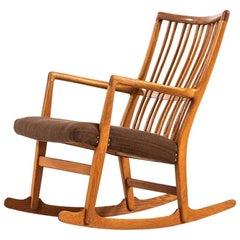 Hans Wegner Rocking Chair Model ML-33 by Mikael Laursen in Denmark