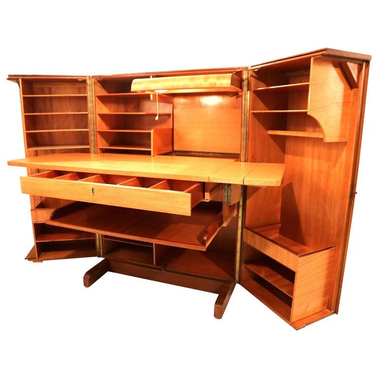 Mummenthaler and Meier Magic Box, Desk in a Box Closable Working Station