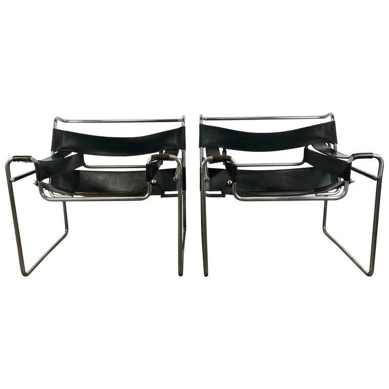 Pair of Early Wassily Chairs by Marcel Breuer for Knoll, Leather and Chrome