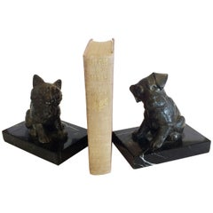 Pair of French Art Deco Bookends of a Dog and Cat