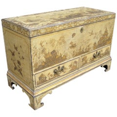 George II Chinoiserie Cream and Gilt Lacquered Silver Chest / Mule Chest