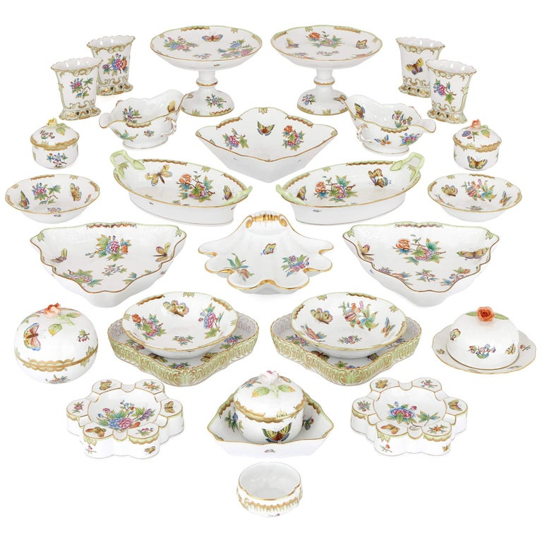 Floral Herend Porcelain Dinner Service