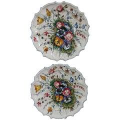 20th Century Italian Pair of Painted Ceramic Plats by Antonio Zen None