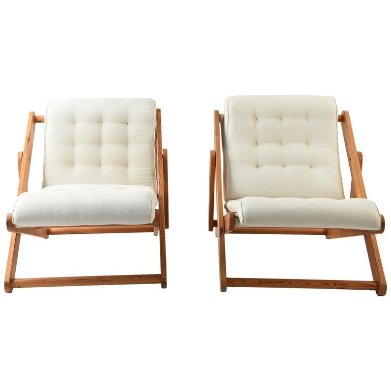 Pair of Danish Midcentury Pine Kontiki Lounge Chairs by Gillis Lundgren