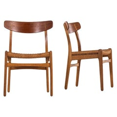 Hans Wegner Dining Chairs Model CH-23 by Carl Hansen & Son in Denmark