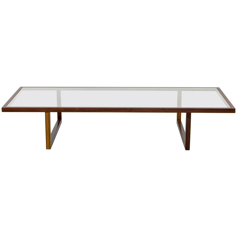 Jacarandá Rosewood Centre Table, by Joaquim Tenreiro, Brazilian Midcentury