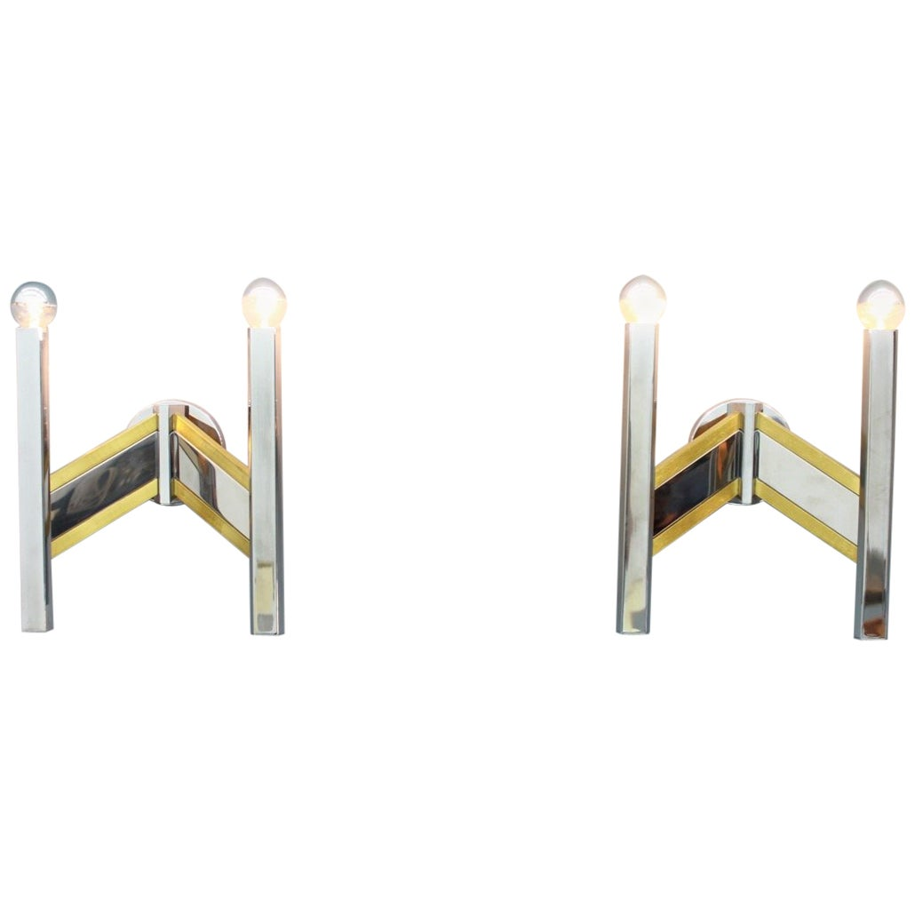 Pair of Sciolari Wall Sconces Lights in Chrome and Brass, Italy, 1970s