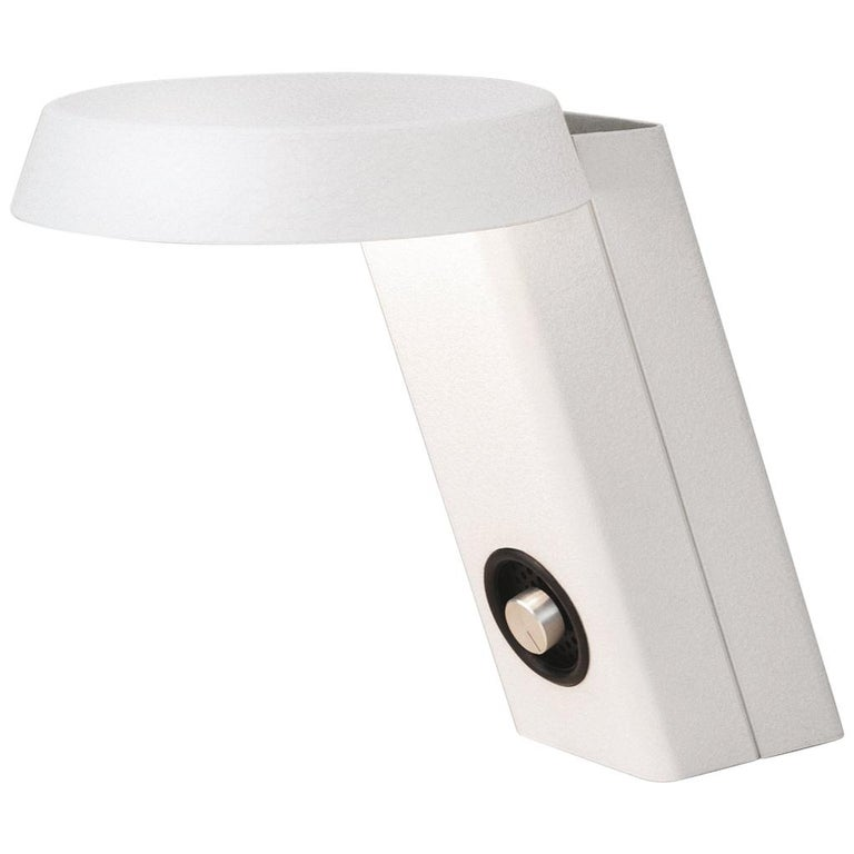 Gino Sarfatti Model #607 Table Lamp in White