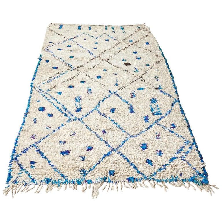 Vintage Moroccan White Beni Ouarain Rug