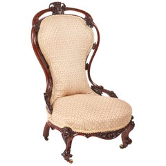 Outstanding Victorian Carved Walnut Ladies Chair