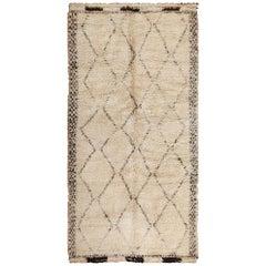 Geometric Ivory Background Vintage Moroccan Rug